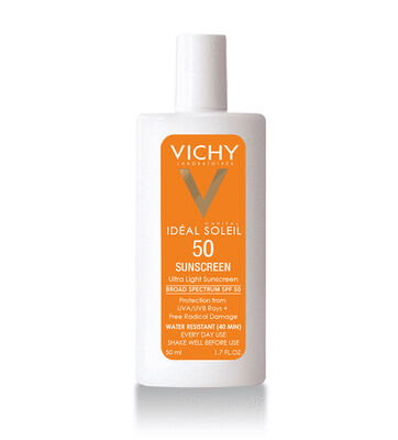 Ultra light, daily sunscreen lotion with multi-layer cellular protection from UV rays and free radical damage.