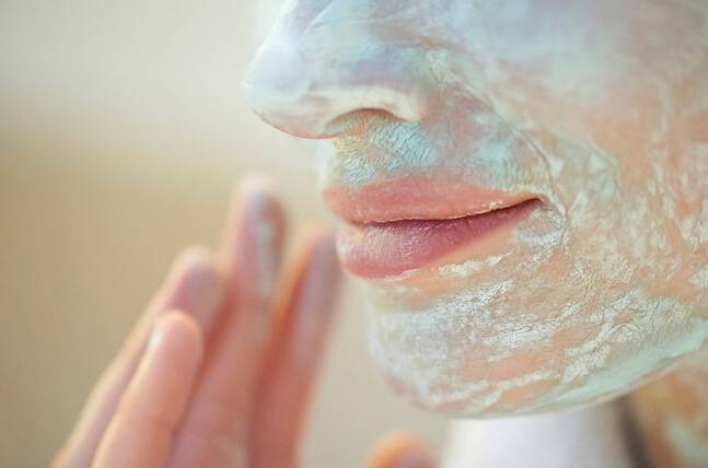 3 Clay Face Mask Mistakes | Le Mag | Vichy USA Skin Care